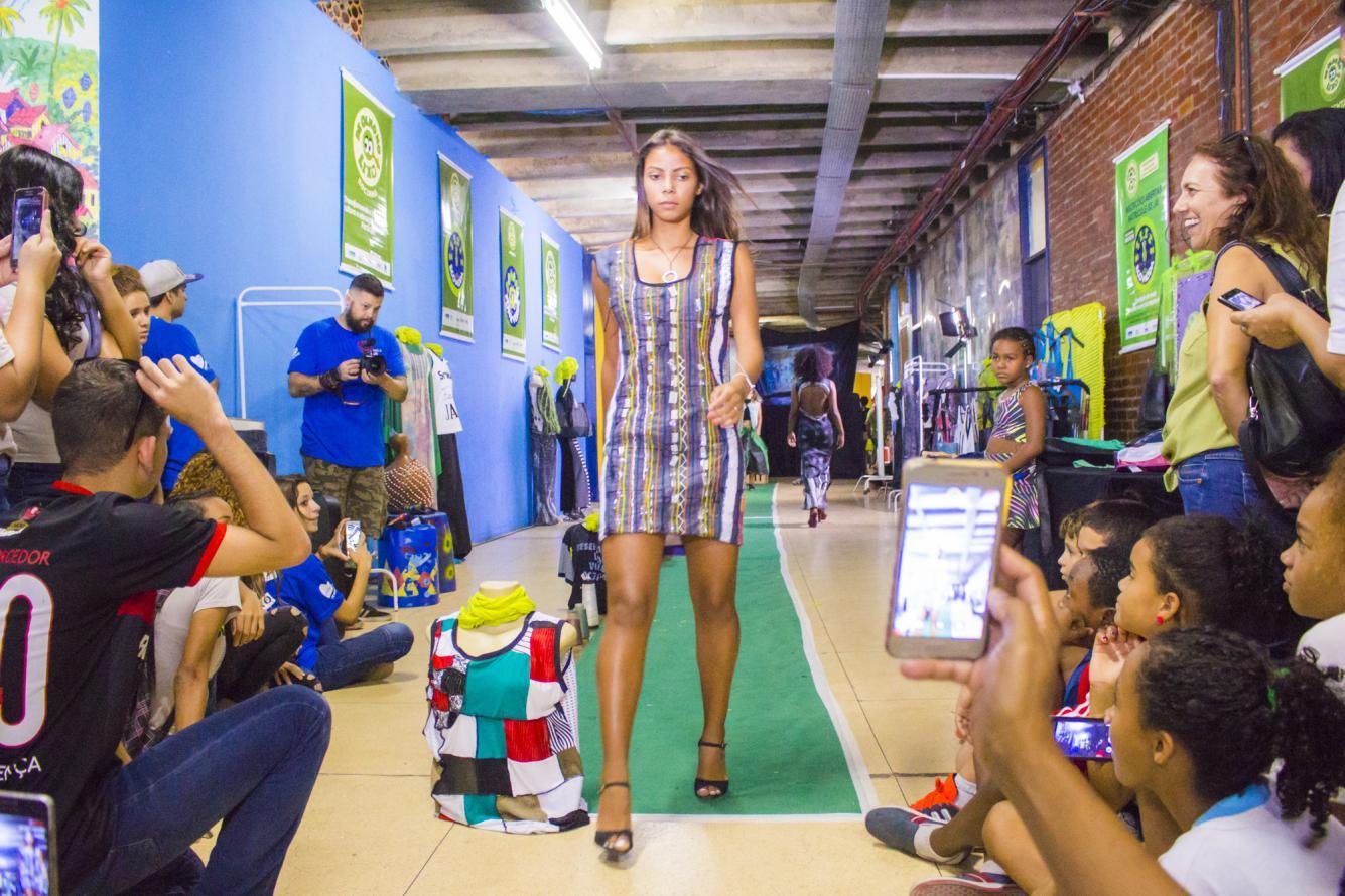 Programa de Olho no Lixo, da Secretaria de Estado do Ambiente, leva moda e música à 1ª Virada Sustentável no Rio de Janeiro